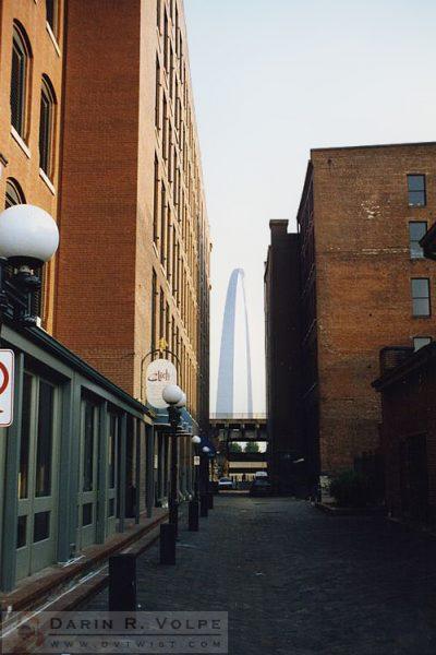 Gateway Arch, St. Louis, Missouri - 1990