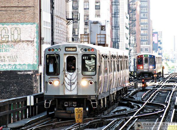 Take the 'L' Train -- Elevated Train in Chicago, Illinois