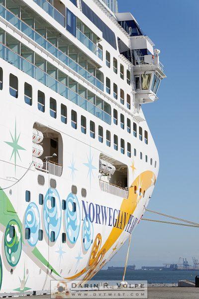 """The White Pearl"" [Norwegian Pearl Cruise Ship  in San Francisco, California]"