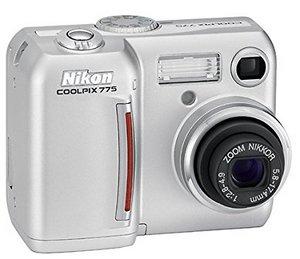 Nikon Coolpix E775 Digital Camera