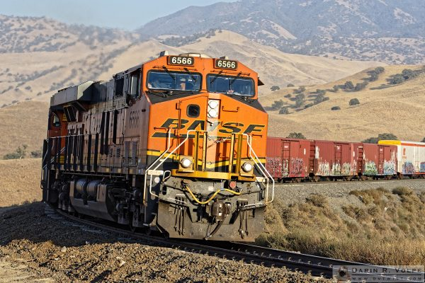 """Locomotive Breath"" [BNSF Freight Train in The Tehahapi Mountains, California]"