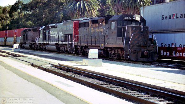 """Old Tiger"" [Denver & Rio Grande Western GP35 in San Luis Obispo, California]"